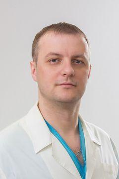 Батыршин-Артур-Рафисович-старший-медицинский-брат_result