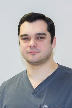 Стефанов-Стефан-Живков-врач-нейрохирург_result